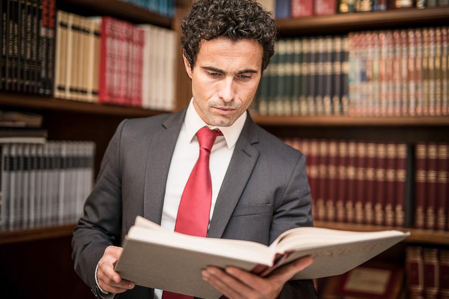 Asystent notariusza